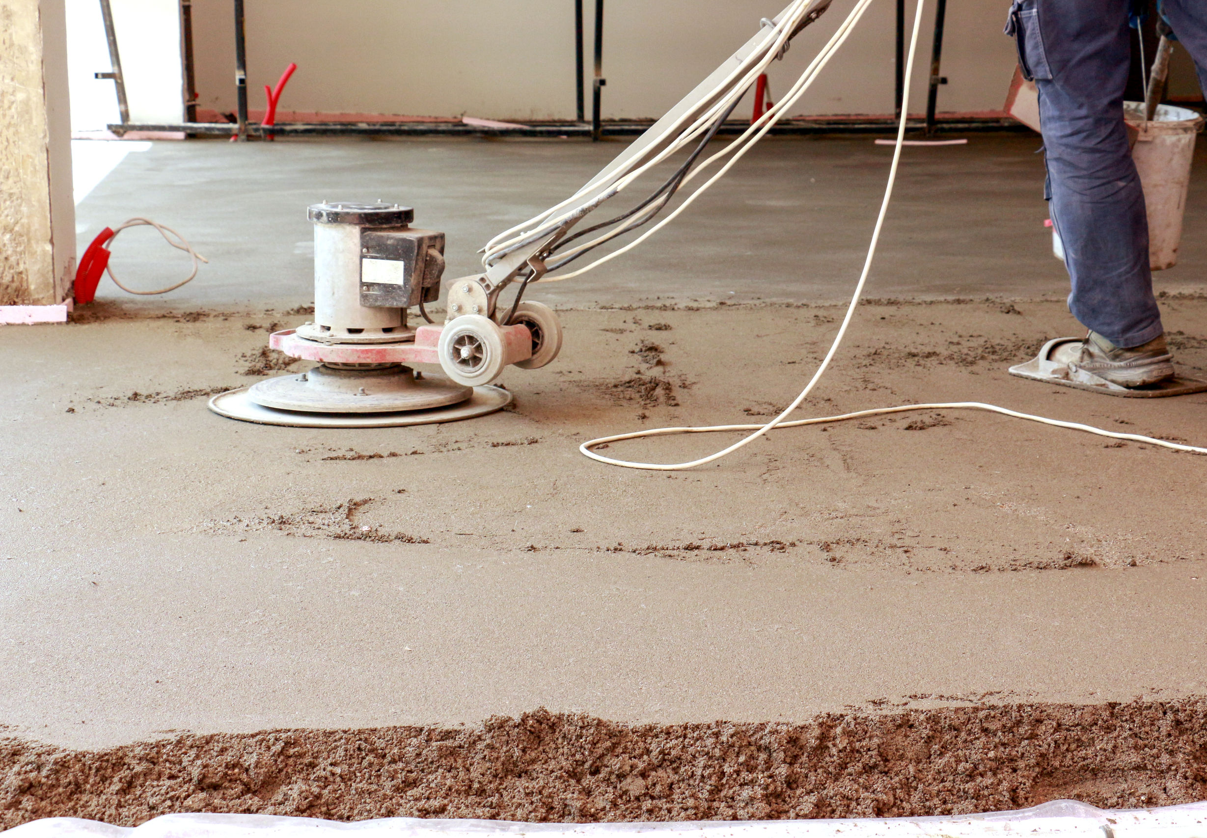 Concreting the floor of a house